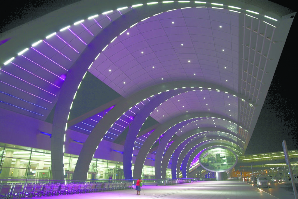 2 6 1024x683 - Стремительно растет пассажиропоток второго аэропорта Дубая