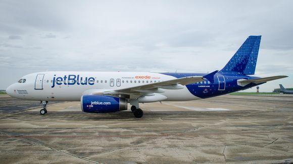 A320 230 6 - Самолет A320-230