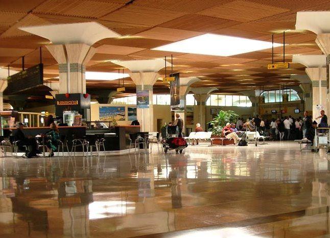 Agadir aeroport 2 - Аэропорт Агадир Аль-Массира