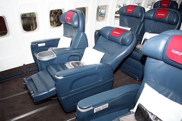 Boeing 737 200 5 - Boeing 737-200