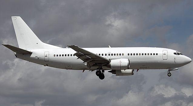 Boeing 737 300 1 - Boeing 737-300