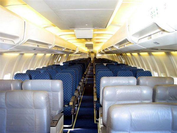 Boeing 757 200 4 - Boeing 757-200