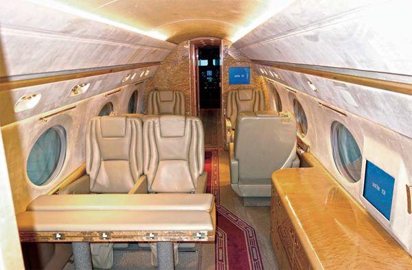 Gulfstream V 4 - Gulfstream V