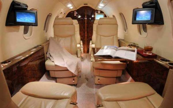 Learjet 40 2 - Learjet 40
