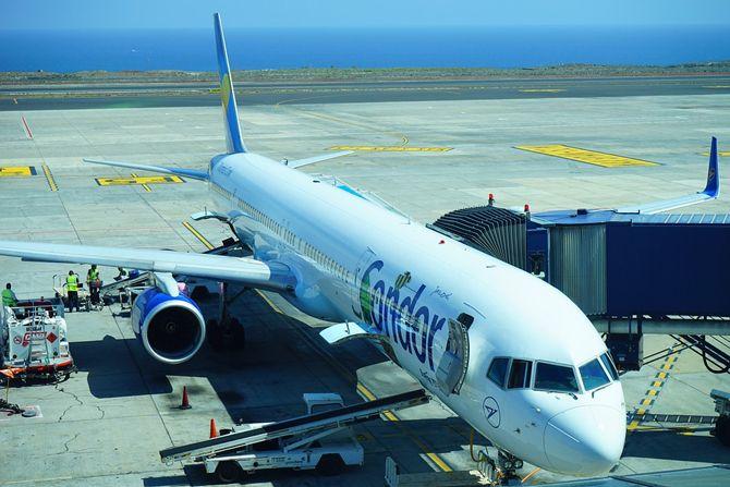 Plovdiv  v Bolgarii aeroport 3 - Аэропорт Пловдив