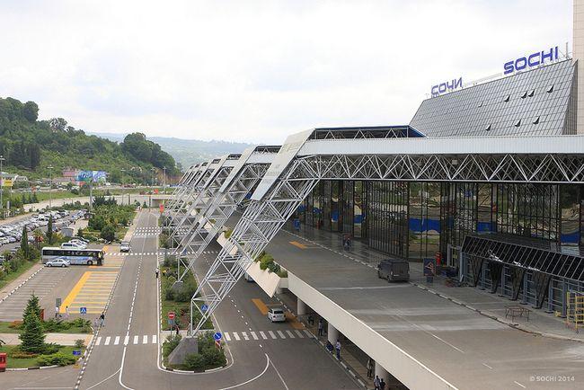 Sochi   Adler aeroport 1 - Аэропорт Сочи