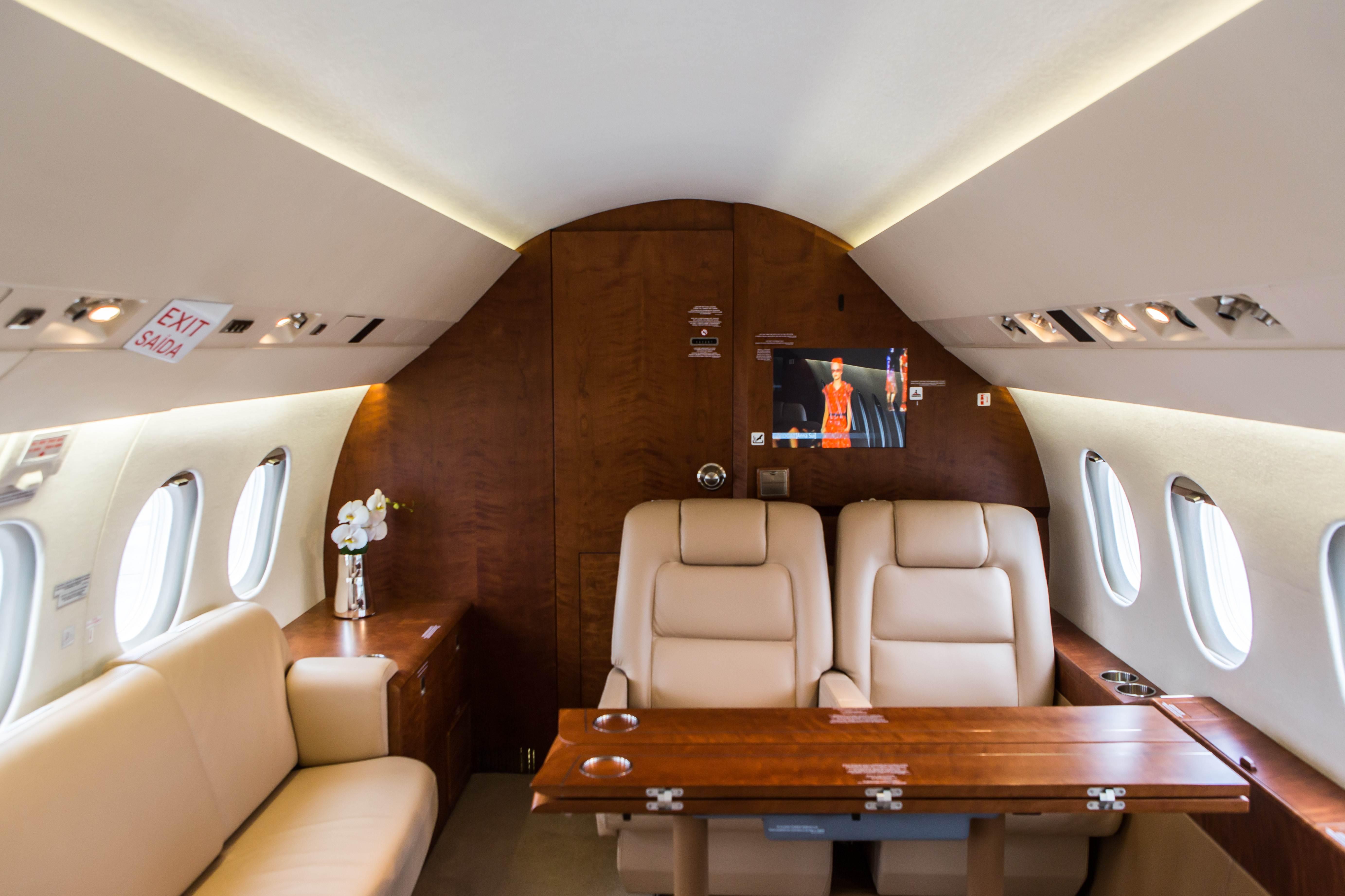 Falcon 2000EX Easy