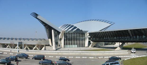 grenoble airport 1 - Аэропорт Гренобль, им. Св. Георга - GNB - LFLS