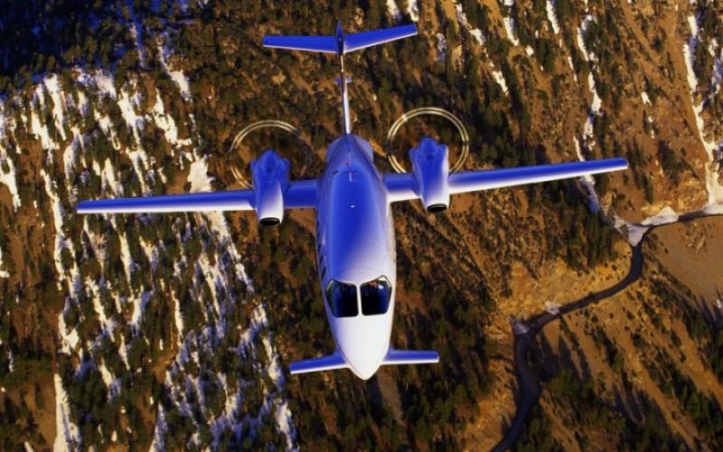 01 c800x500 1 - Деловые люди предпочитают услуги бизнес авиации