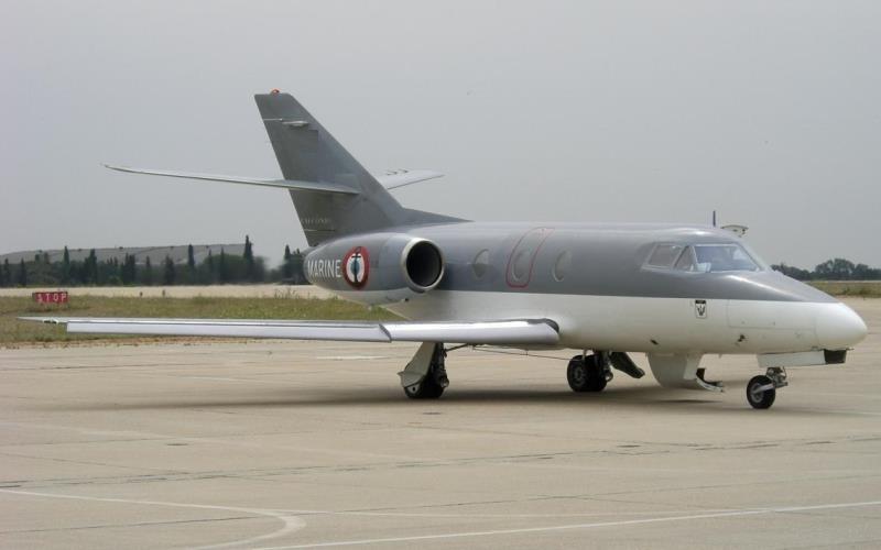 Dassault MystereFalcon 10 2 c800x500 - Преимущества чартерных авиарейсов