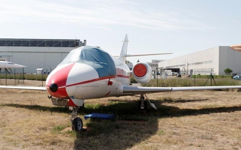 Dassault MystereFalcon 10 4 c800x500 - Чем прельщают чартерные рейсы