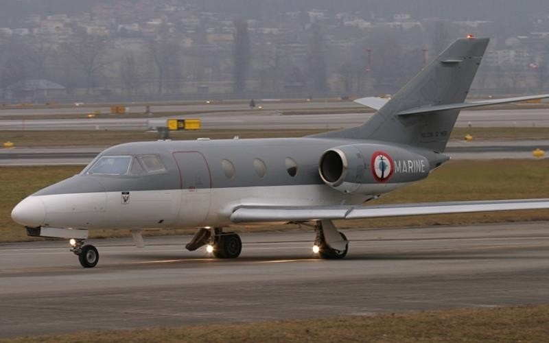 Dassault MystereFalcon 10 5 c800x500 - Деловые люди предпочитают услуги бизнес авиации