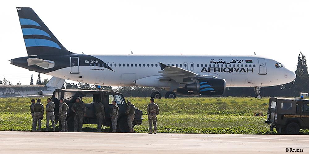 23 1 - Авиалайнер ливийского перевозчика захвачен злоумышленниками