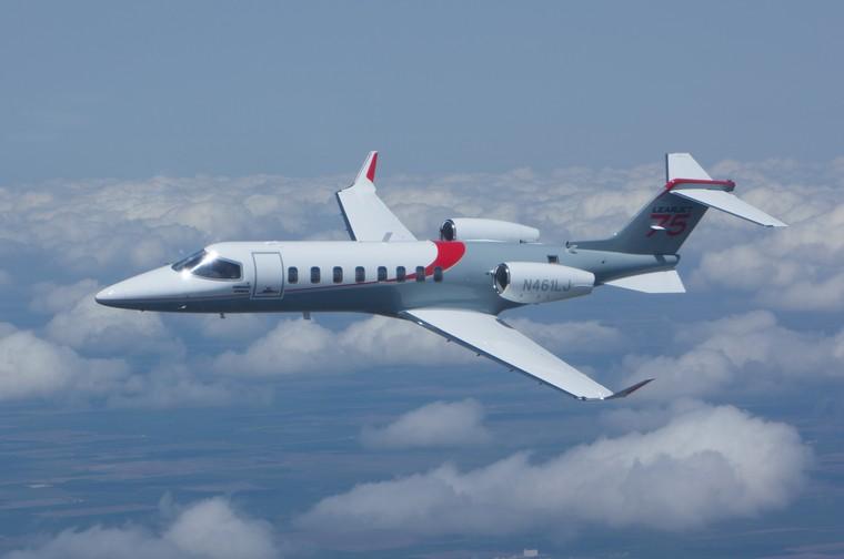 lear75fly8 free big - Bombardier сокращает производство Learjet 75