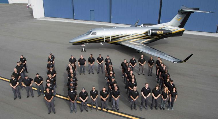 400th d - Embraer передал заказчику 400-й бизнес-джет Phenom 300