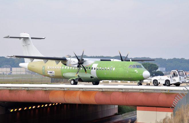 atr 72 600 green 01 - «Iran Air» подписал твердый контракт на 20 бортов «ATR 72-600»