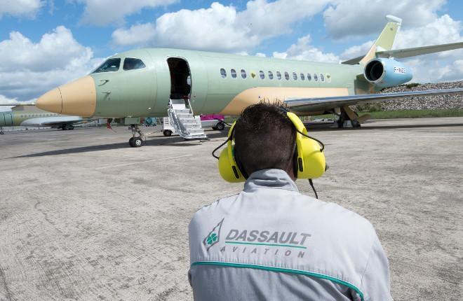 Dassault Falcon 5X - Dassault Falcon 5X станет основой для разработки нового бизнес-джета