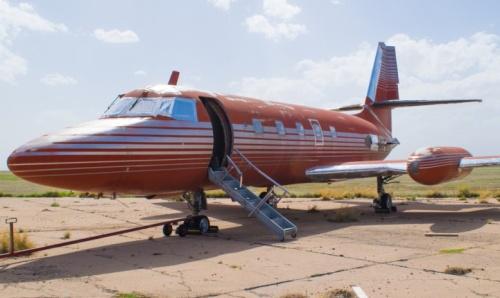 Самолет Элвиса  Пресли выставят на аукцион