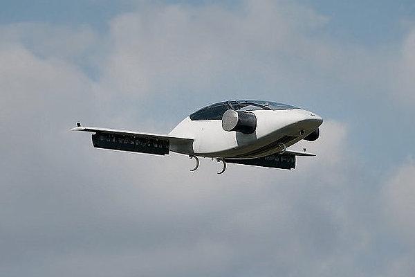 В Германии разработан электросамолет с вертикальным взлетом и посадкой
