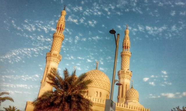 meczet - Солнце, песок и ... самолеты