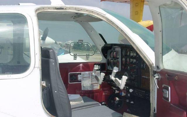 1785 10668b37d53bb9f98bb288393e0212a8 920X485 - Beechcraft F33A Bonanza