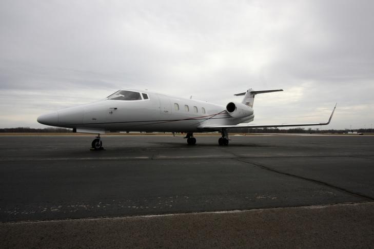 Bombardier Learjet 55 купить бу
