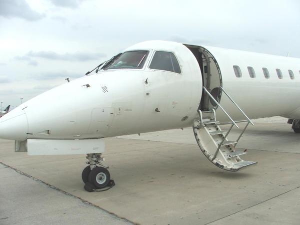 290670 c542ffb9640aeddba8f2e2c5cad1a7c4 920X485 - Embraer ERJ-145