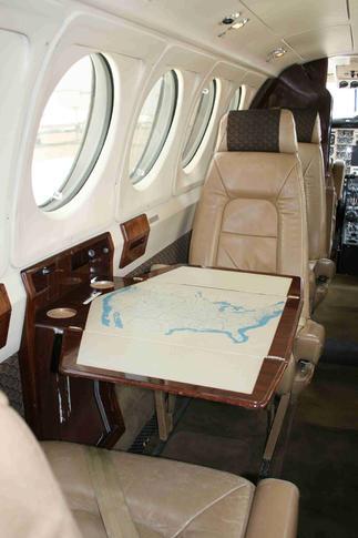 291710 d69424e037b7f70d41a5bda7b34d9b81 920X485 - Beechcraft King Air 200