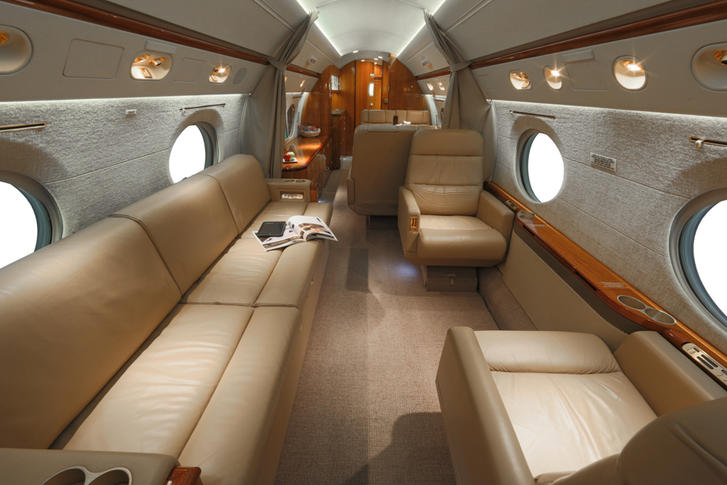 291743 cc9234a8b80b0c72bd28e8cc77866a84 920X485 - Gulfstream G300