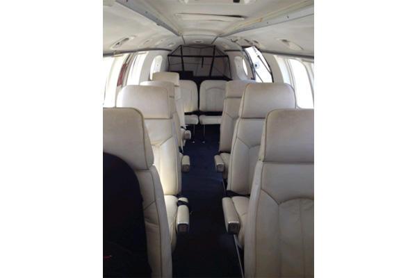 291778 5eb78bf4343d803948d750874a4992bc 920X485 - Beechcraft Queen Air 80
