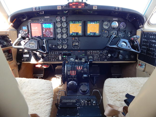 292114 9de521e4295c9411c4c6bd179ed1fd99 920X485 - Beechcraft King Air B200