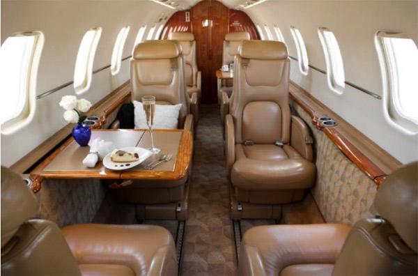 292437 c3b6fa8307b3d4a00cf4b5500681588b 920X485 - Bombardier Learjet 45