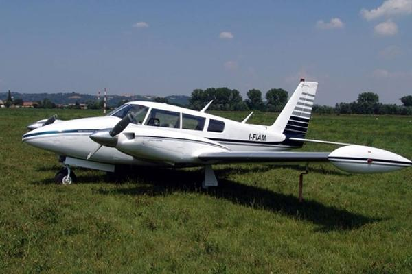 Piper Twin Comanche купить бу