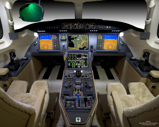 292515 97a5e90973c79e65956319ca6e0ba4de 920X485 - Dassault Falcon 7X