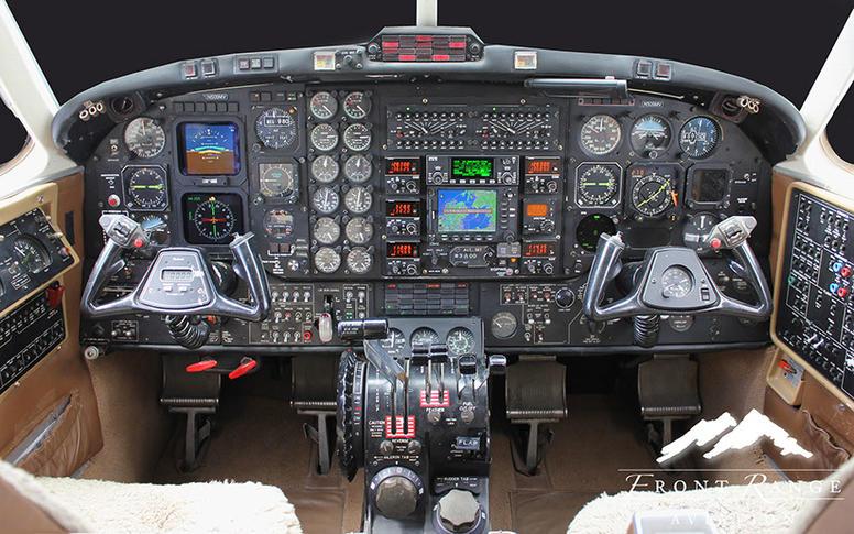 292540 c3a20d30d01827ccc3c9f4fa0fc17aac 920X485 - Beechcraft King Air B200