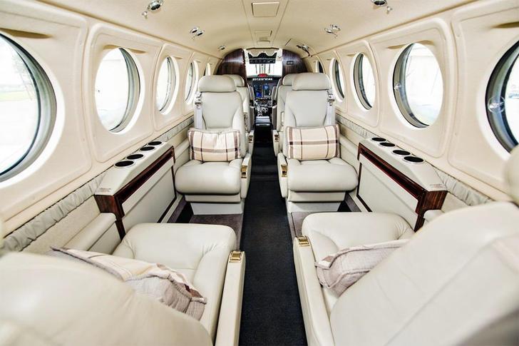 292775 5047bbdec1acc28b358a4b1d844c2d93 920X485 - Beechcraft King Air 250