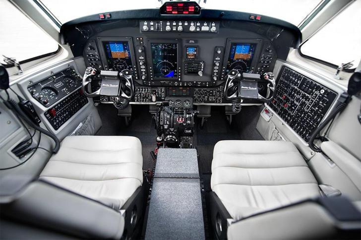 292775 ec8fbdc7929c5b2022169fb5f2ddc8c1 920X485 - Beechcraft King Air 250