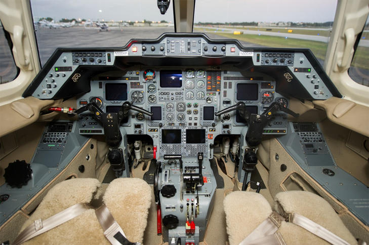 293116 bda89a243e9621cb2dcf44f784b363f1 920X485 - Hawker Beechcraft 800XP
