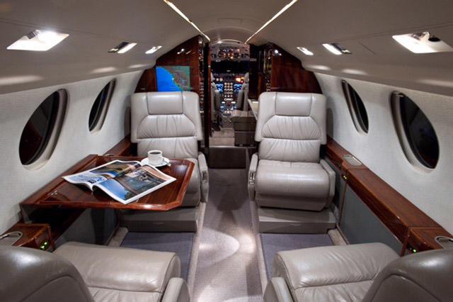 293495 dbef3b7d73386bc404af541d7da859fc 920X485 - Dassault Falcon 50