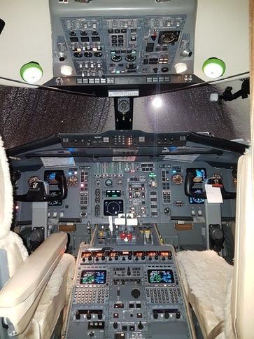 293687 a93054de5e3eb32f2d005c2c3a517b0f 920X485 - Bombardier Challenger 601-3R