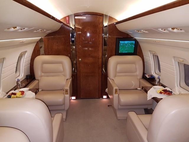 293687 b72c40c05c74112f025d33e57b9b80d7 920X485 - Bombardier Challenger 601-3R