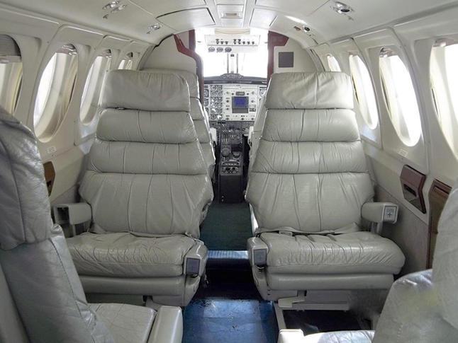 293732 412592595a53e175d8d5683d609a6b6b 920X485 - Beechcraft King Air 200