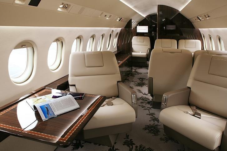 293771 d876da725d1245dd7c411b21cf140587 920X485 - Dassault Falcon 900B