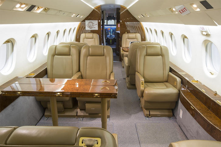 293817 01151f3986dd2c9e53bb44c04e5f44f1 920X485 - Dassault Falcon 2000