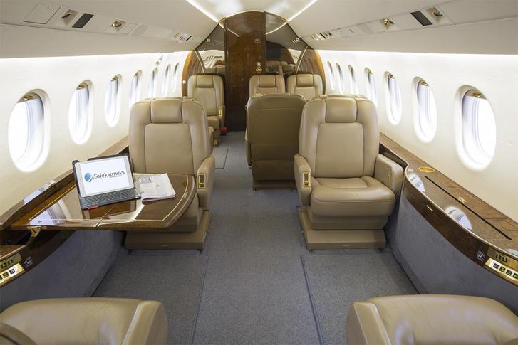 293817 51a8887094034c01fec71a89725a888a 920X485 - Dassault Falcon 2000