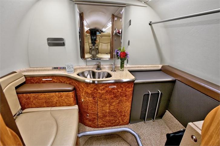 293973 82465f55901e35535be2de6e28eb584f 920X485 - Bombardier Learjet 45XR