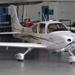 Самолёт Cirrus SR20