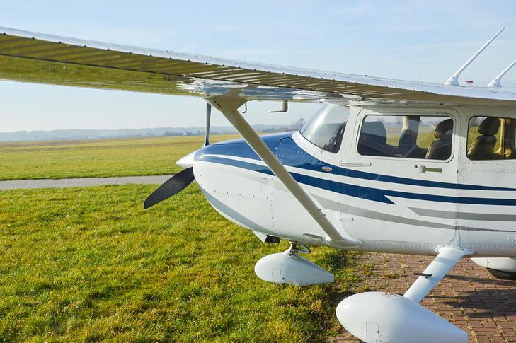 294167 6fd0e0743058bb1b64f86b8422845153 920X485 - Cessna 182