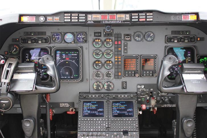 294205 06cdf5d6a0ae162f808fb6263da7e870 920X485 - Hawker Beechcraft 400A