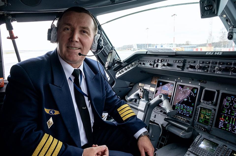 Китай приостановил набор российских пилотов